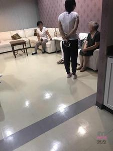 客户家属在医院VIP等候区休息 (请点击图片)